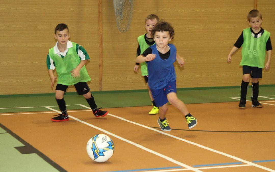 Fotogalerie: Přátelský mini turnaj fotbalových kadetů U6